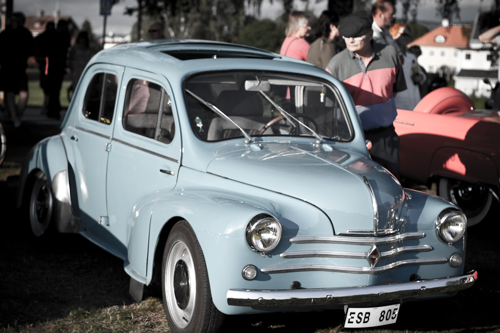 Coffee, Cakes and Vintage Cars | tarde o tempranotarde o temprano