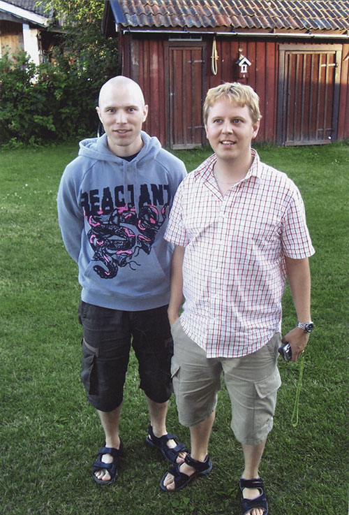 El Andy with brother Robert, 2004. El Andy to the left